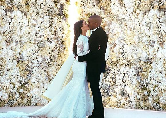 kanye-west-kim-kardashian-wedding__oPt