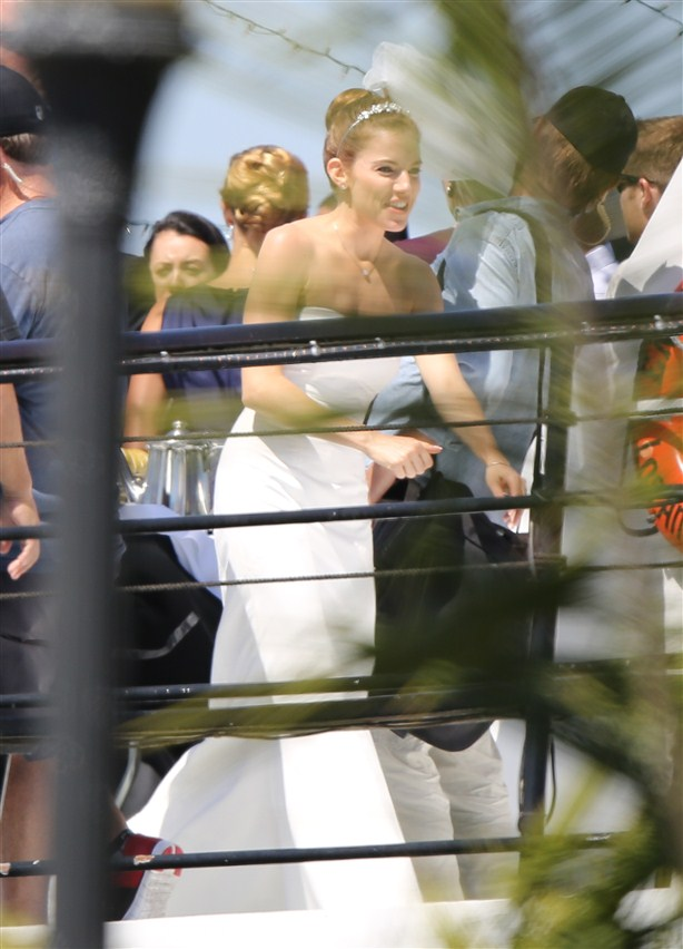 sienna miller mermaid wedding dress