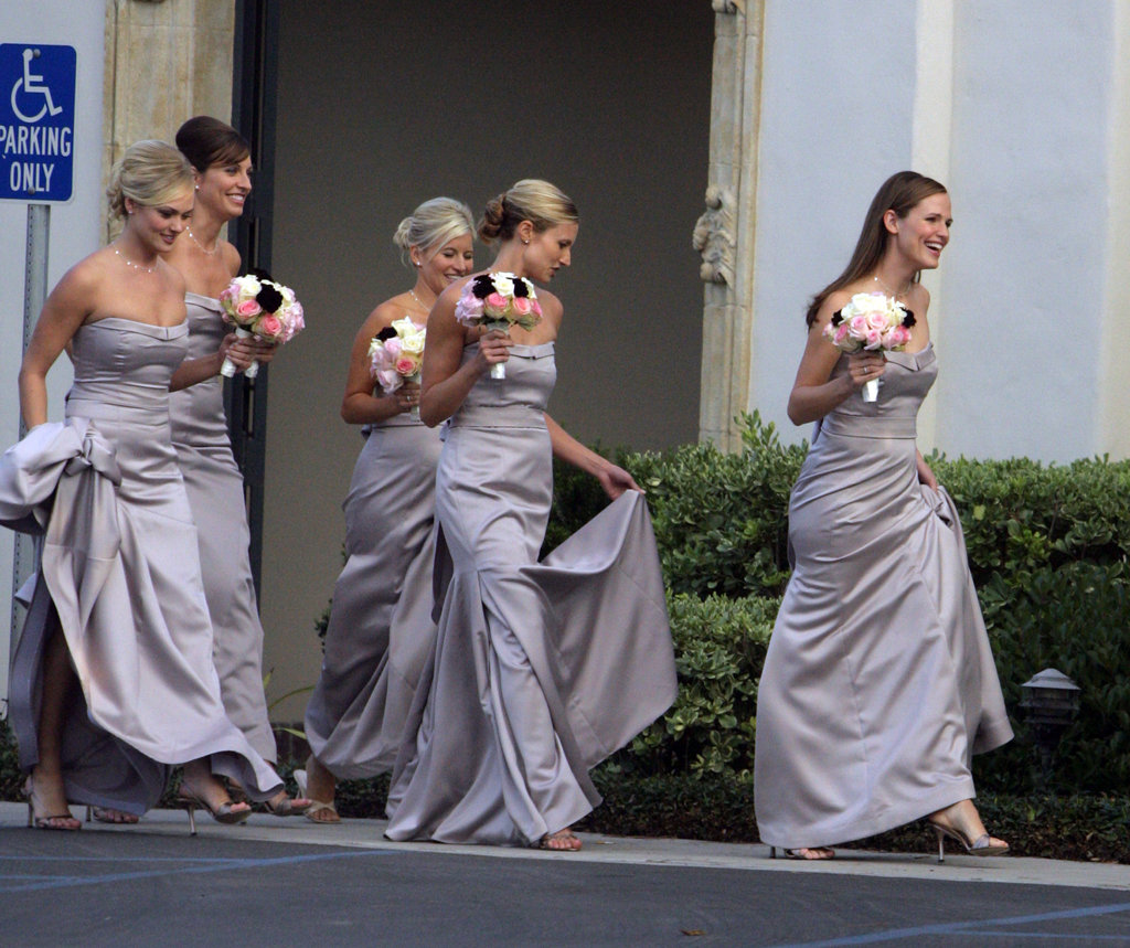 Jennifer-Garner-led-way-bridal-party-during-October