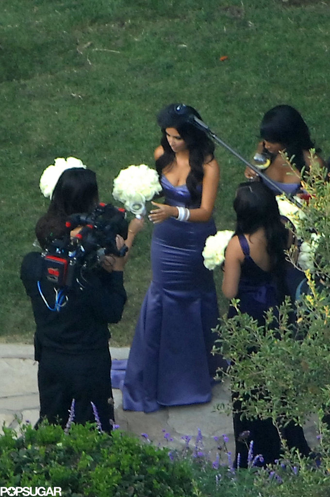 Kim-Kardashian-wore-purple-bridesmaid-sister-Khloé