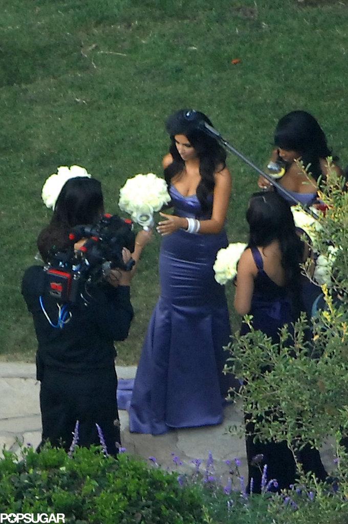 Kim-Kardashian-wore-purple-bridesmaid-sister-Khloé