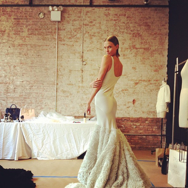 karlie kloss mermaid wedding dress