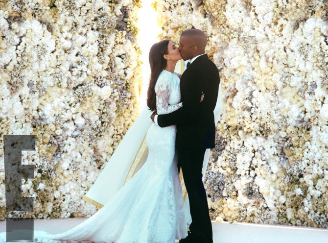 kim-kardashian-wedding-flower-wall-670x496