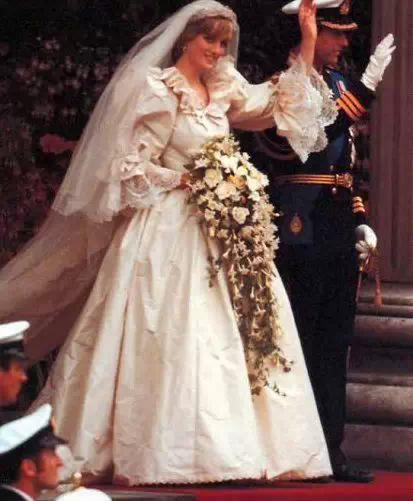 DianaSpencer's wedding photo