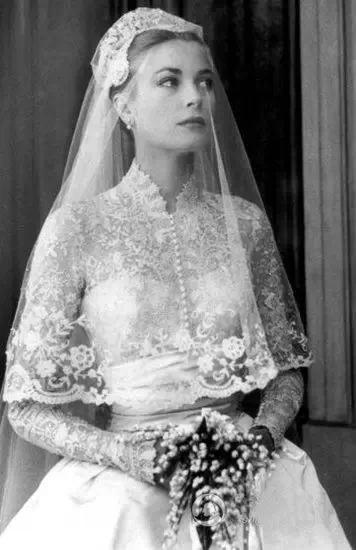 Liz Taylor's lace wedding dress
