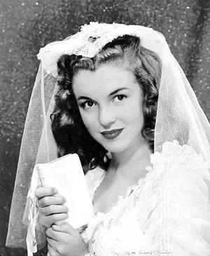 MarilynMonroe's wedding photo