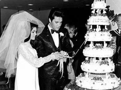 PriscillaBeaulieu and Elvis Presley's wedding photo