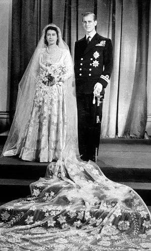 QueenElizabeth II wedding photo