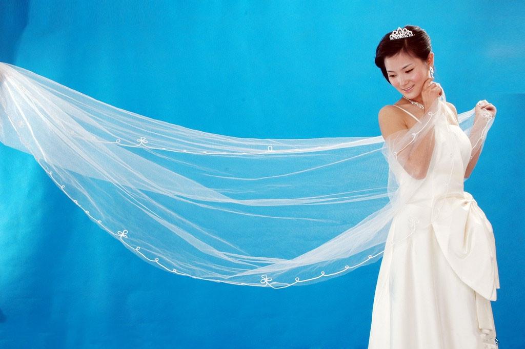 Spaghetti Strap cute flower wedding dress