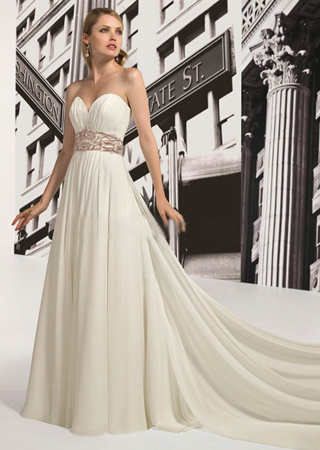 elegant long tail strapless wedding dress with red belt