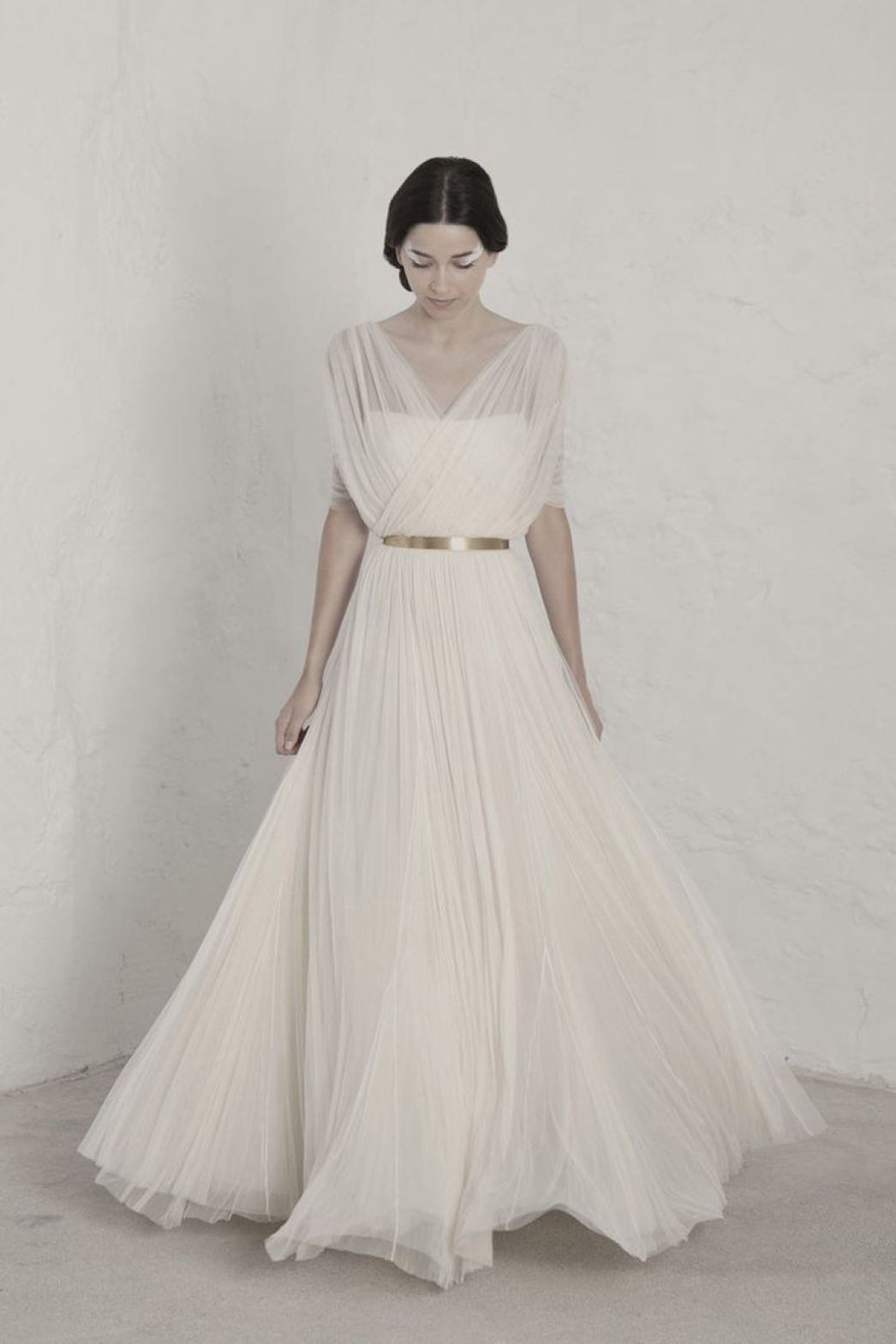 Cortana 2015 simple wedding dress