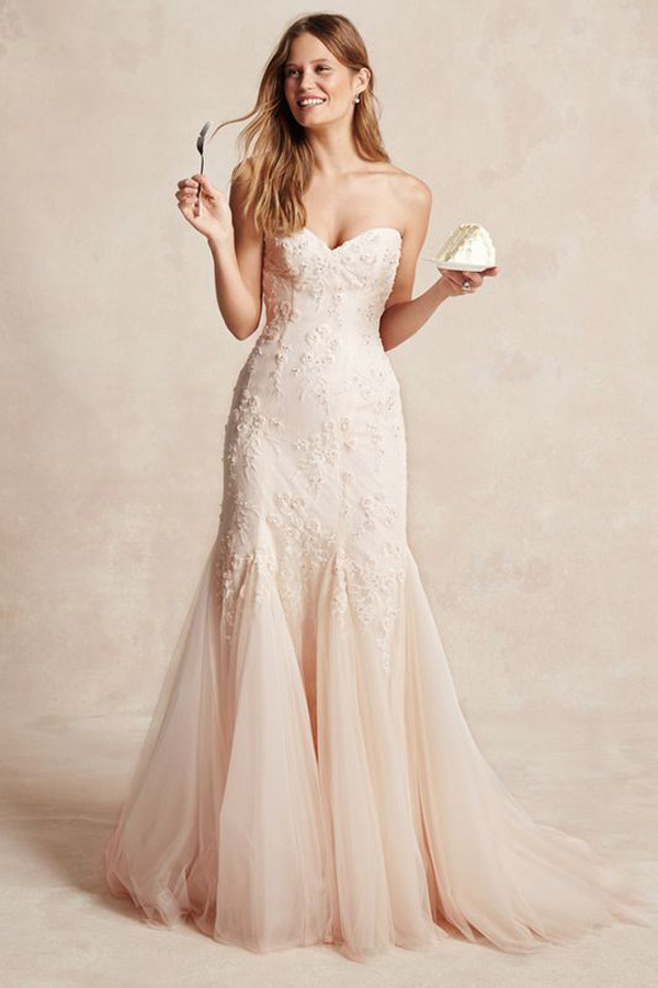 beige lace strapless mermaid wedding dress