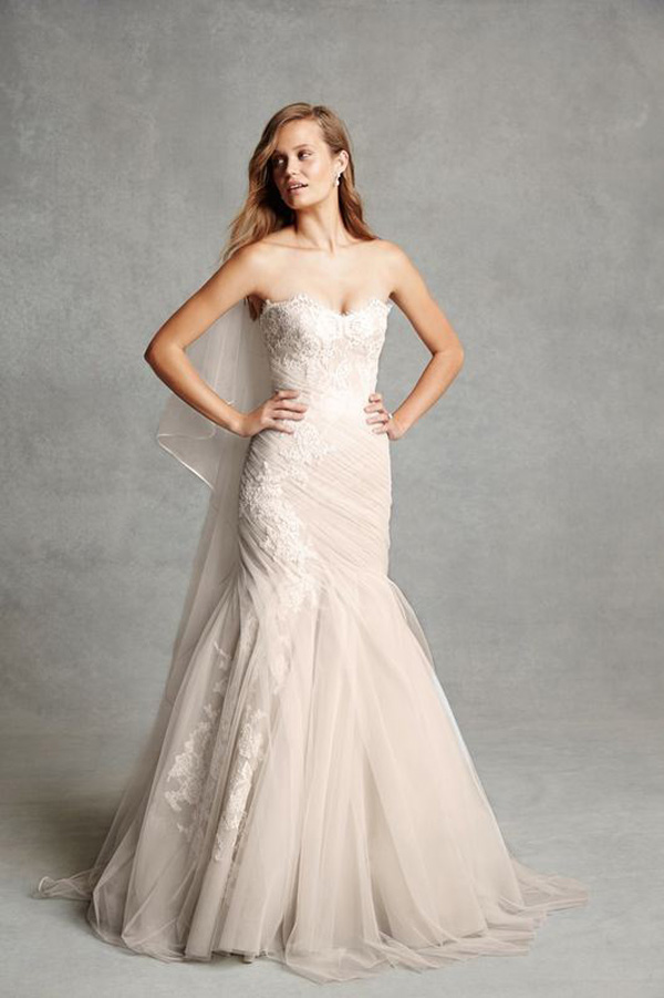 mermaid strapless wedding dress with long wedding veil