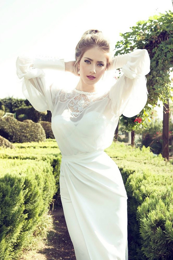 Court hubble-bubble sleeve wedding dress