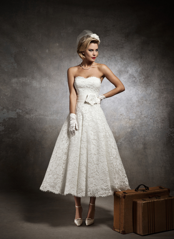 vintage tea-length lace Wedding Dresses