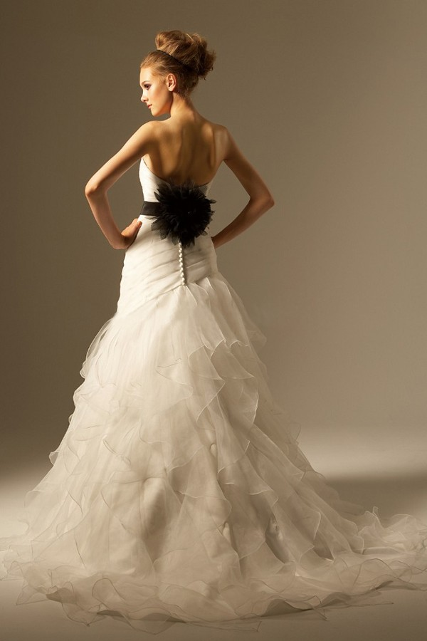 backless Wedding Dresses Australia